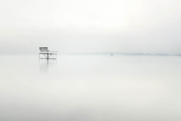 Daydream-In-Color-Wish-I-Was-Wednesday-Akos-Major-Waterscapes-Chair-In-Fog